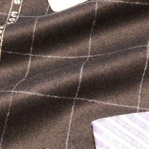 バルベラ:ウィンドウペーンネイビースーツ